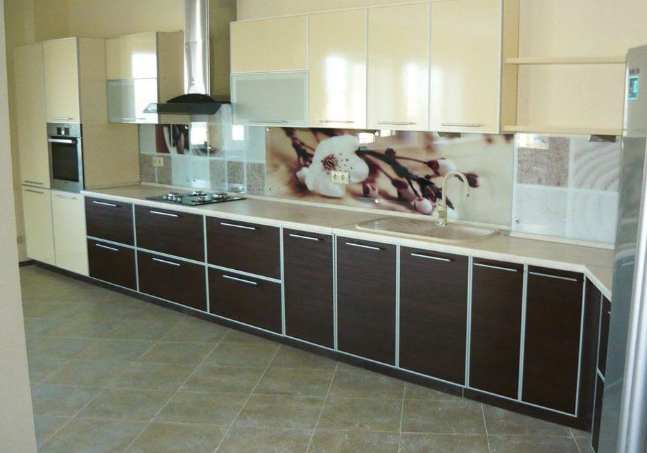 Шоколадно ванильная кухня из пластика