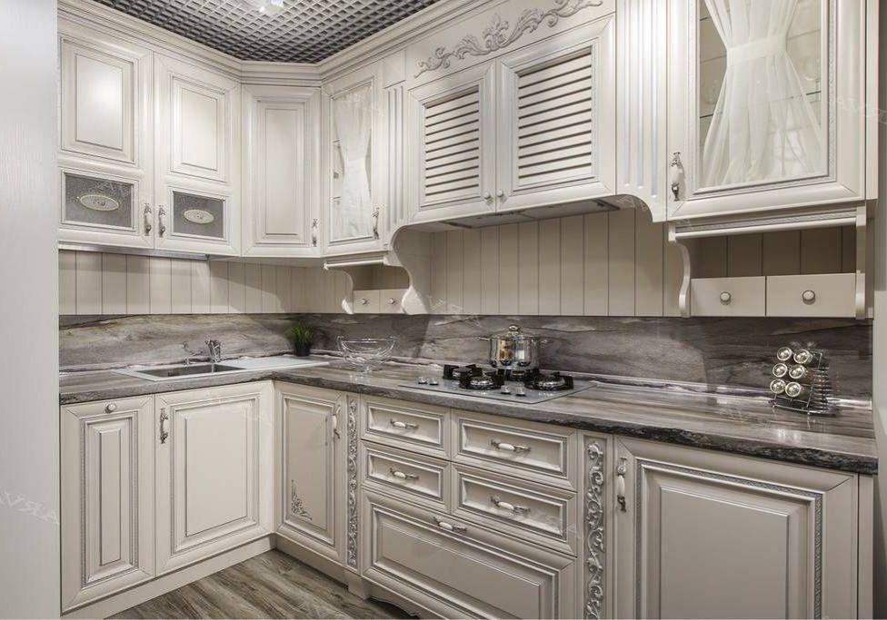Угловая белая кухня, матовая, барокко, классика