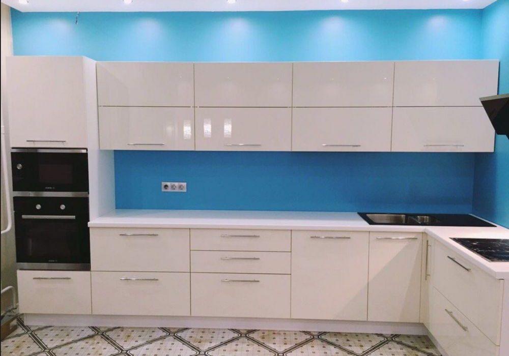 Угловая белая кухня МДФ эмаль в глянце