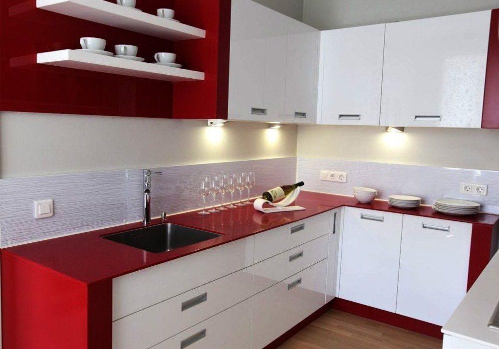 Угловая красно-белая кухня глянец МДФ пленка
