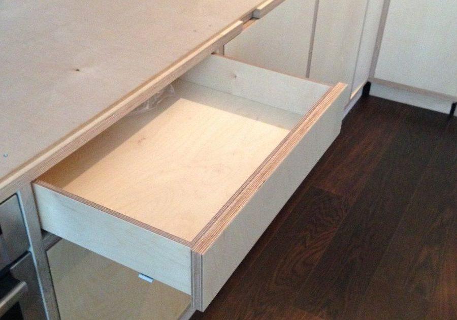 Угловая кухня из фанеры в квартиру, ящик