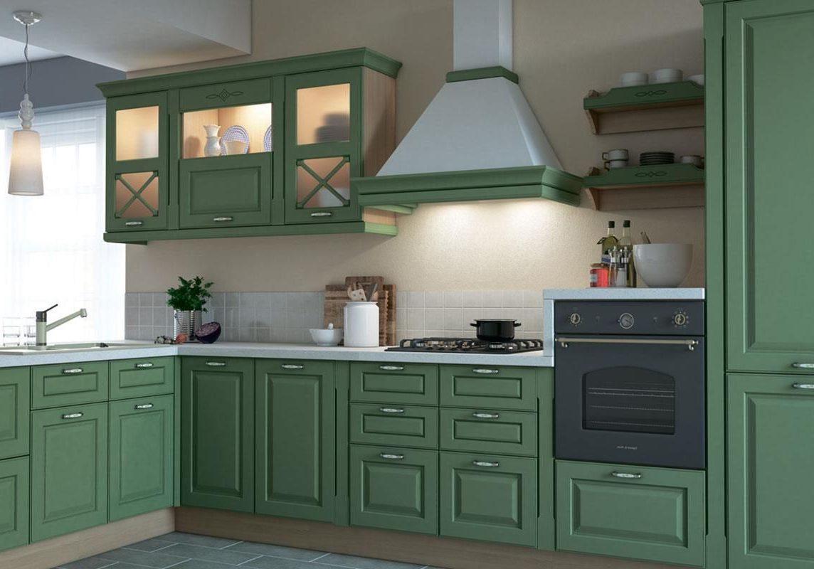 Угловая кухня зеленого цвета с островом подбарную стойку, стиль модерн, фасады крашенные