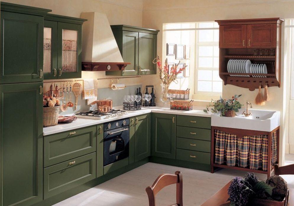 Угловая зеленая кухня в стиле модерн, подходит для кантри