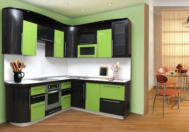Угловая зелено-черная кухня